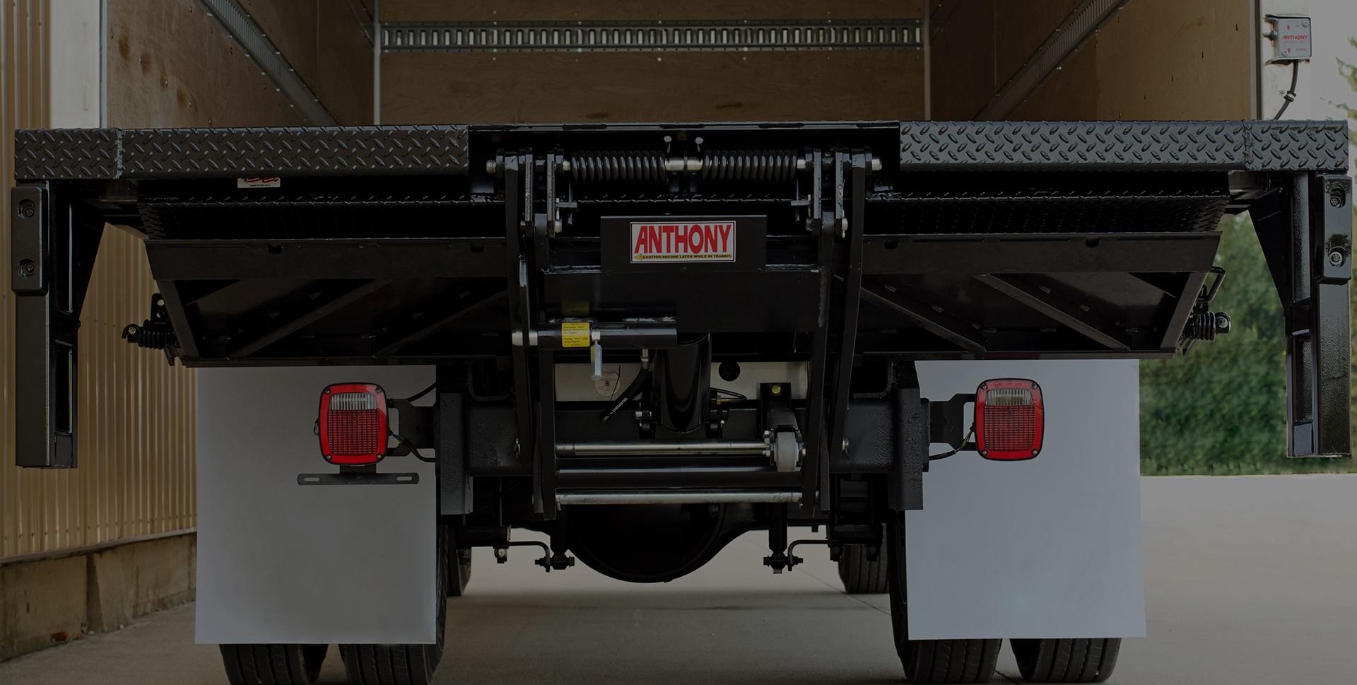 rearview of a truck liftgate